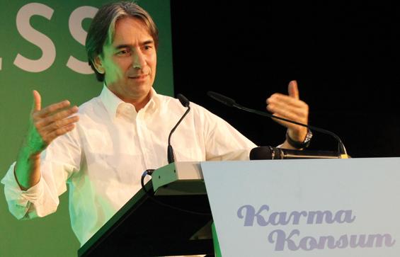 Helmy Abouleish auf der KarmaKonsum Konferenz 2013 in Frankfurt am Main